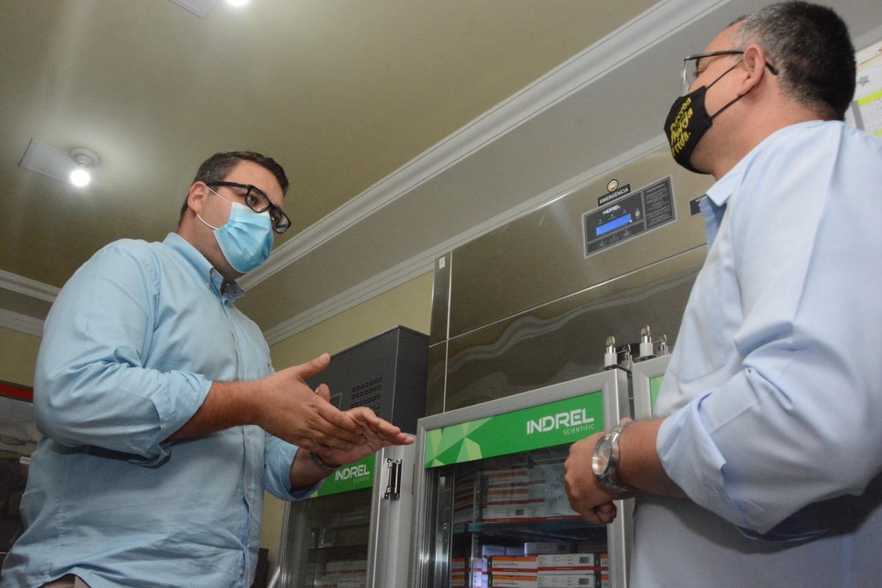 Dourados recebe novo lote de vacina e amplia imunização em profissionais de Saúde