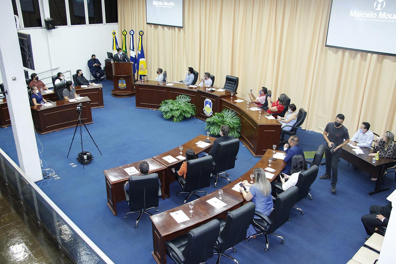 Em ato inédito em MS, Marcelo Mourão empossa conselho legislativo