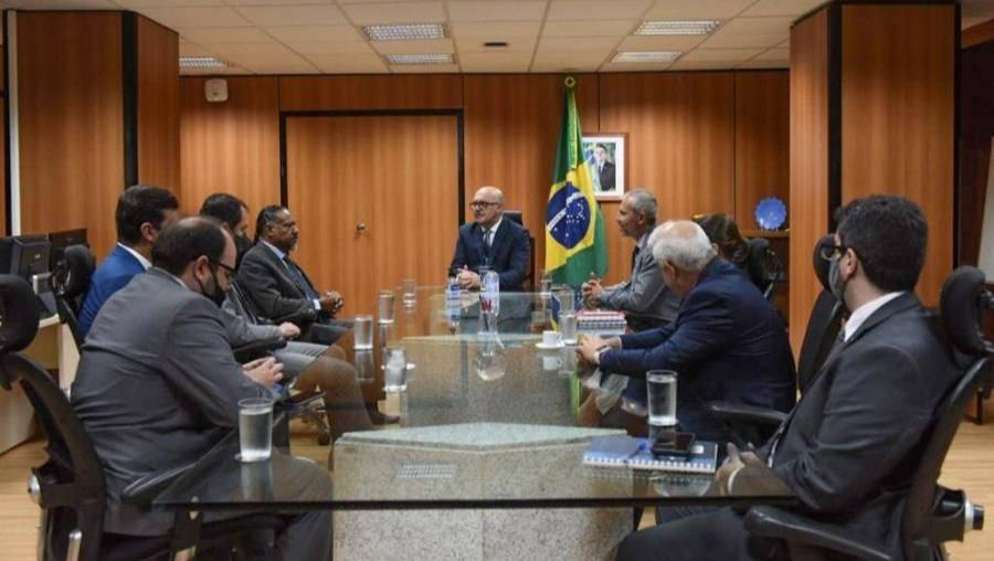 Em Brasília, Lino Sanabria toma posse do cargo de reitor pro tempore
