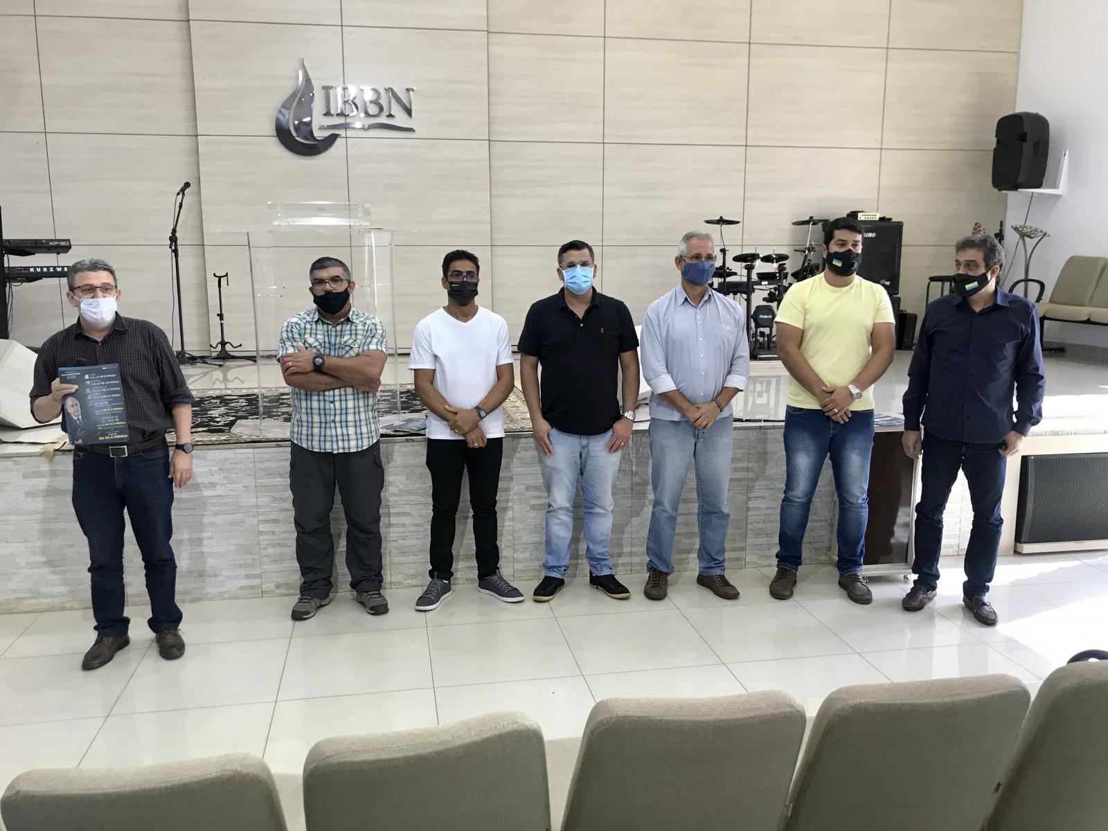 Vereadores e lideranças religiosas se organizam para criar bancada cristã em Dourados