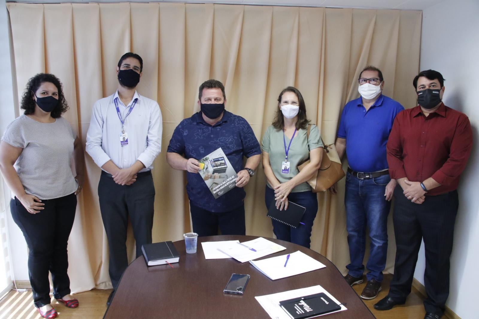 Câmara de Dourados recebe visita dos diretores do Previd