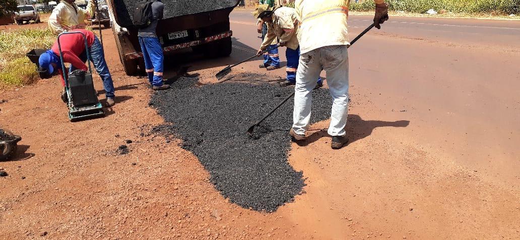 Prefeitura já usou 287 toneladas de massa asfáltica para tapar buracos