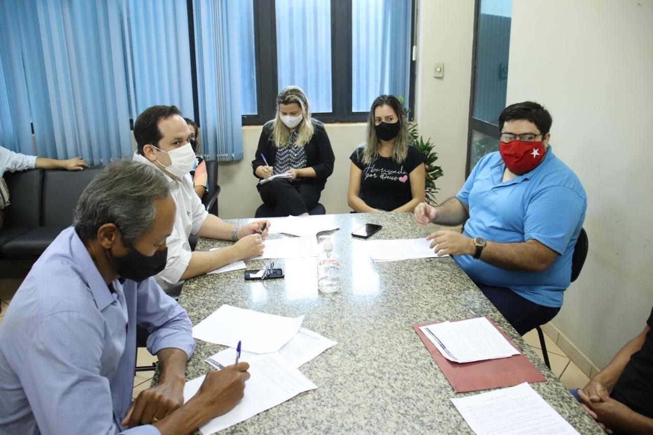 Prefeitura recebe servidores da Funsaud e faz compromisso para debater e resolver problemas
