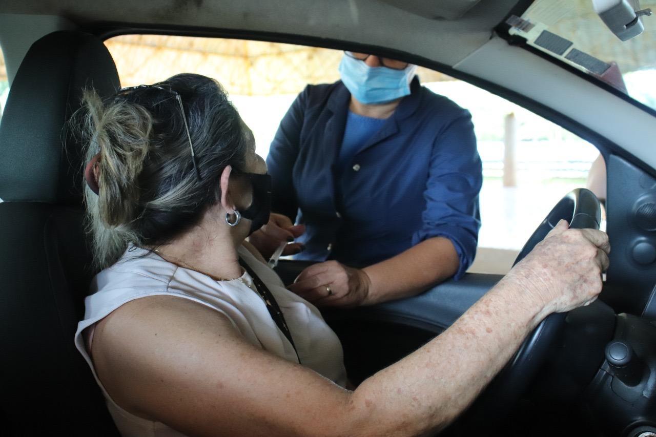 Prefeitura inicia vacinação de idosos com 70 anos ou mais